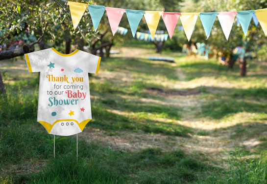 Outdoor baby shower decoration idea to welcome