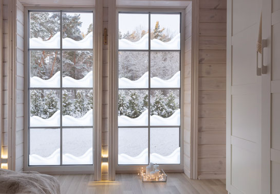 Idea for decorating a bay window for Christmas