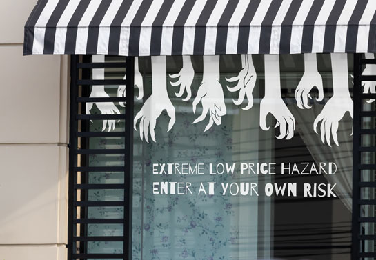 Halloween sale shop window lettering idea