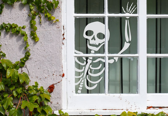 skeleton silhouette Halloween window decoration idea