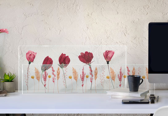 classy home office floral desk decor idea