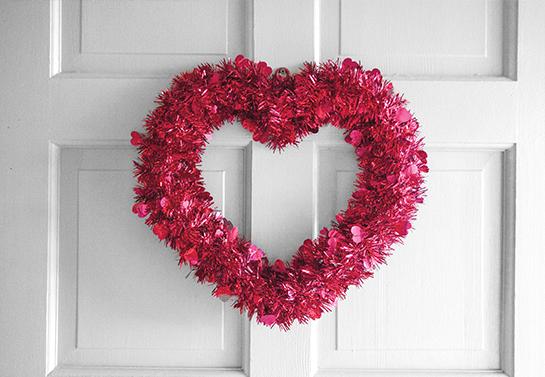 valentine door wreath decoration idea